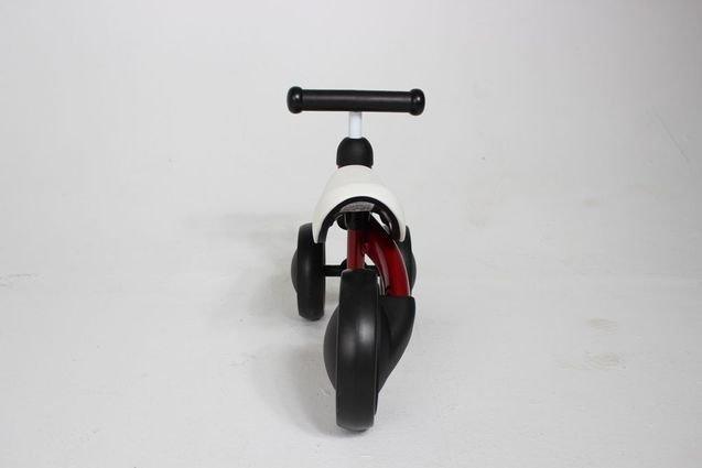 Беговел MIni Bike от 1 года Красный (резиновые колеса)